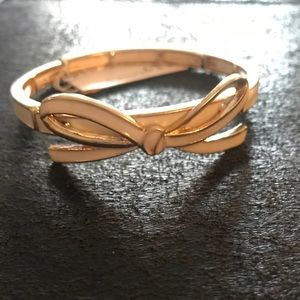 Beautiful Bow Bangle Bracelet